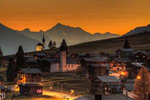 Фотографии Швейцария Здания Вечер Уличные фонари Gluringen Goms