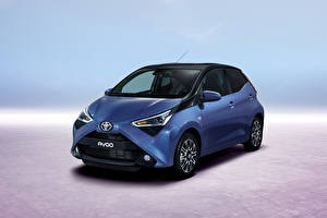Фото Toyota Синий 2018 Aygo 5-door Worldwide Авто
