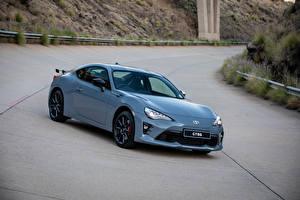 Фотографии Тойота Металлик 2018 GT86 Авто