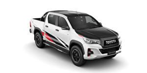 Картинка Toyota Белый фон Пикап кузов Белый 2018 Hilux GR Sport Double Cab Latam Авто