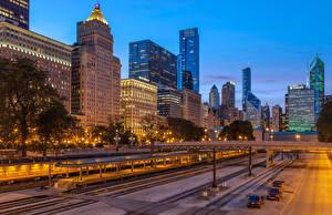 Картинка Штаты Дома Дороги Вечер Мосты Чикаго город Уличные фонари Города