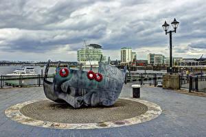 Обои Великобритания Дома Памятники Уличные фонари Cardiff Города
