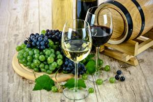 Картинки Вино Виноград Бокалы Еда