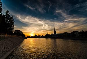 Обои Вроцлав Польша Рассветы и закаты Реки Небо Вечер Silesia Города картинки