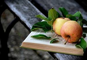 Фотография Яблоки Доски Книга Листва Пища