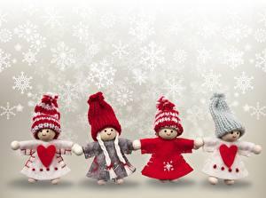 Фотографии Новый год Куклы Снежинка Сердечко Шапки