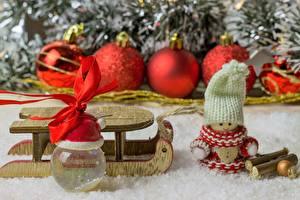 Картинка Рождество Кукла Шапки Шарики Санки