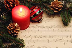 Картинки Новый год Ноты Свечи На ветке Шишка Шарики