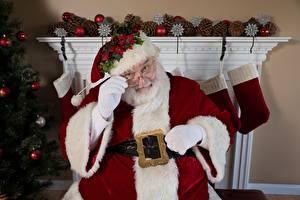 Картинка Рождество Санта-Клаус Очки Шапки