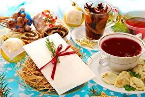 Фотография Новый год Чай Выпечка Чашка Шарики Стакан Еда