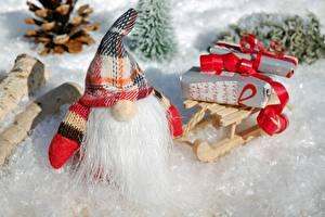 Фотография Рождество Зимние Санта-Клаус Санки Шапки Подарки Борода