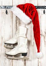 Картинки Рождество Доски Коньки Ботинки Шапки Спорт