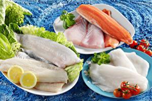Фото Рыба Помидоры Лимоны Тарелка Пища Еда