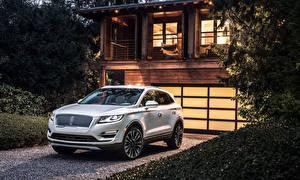 Картинки Lincoln Белый 2019 MKC Автомобили