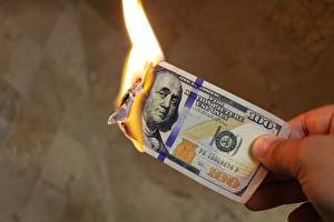 Фотографии Деньги Доллары Купюры Огонь Вблизи