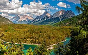 Фотографии Горы Лес Озеро Пейзаж Облака Ель Природа