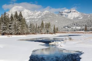 Фото Гора Зимние Леса Река Пейзаж Снегу Природа