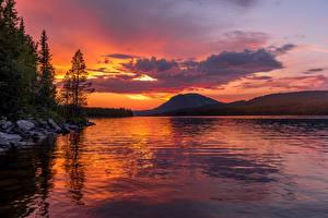 Обои Рассветы и закаты Горы Озеро Пейзаж Животные