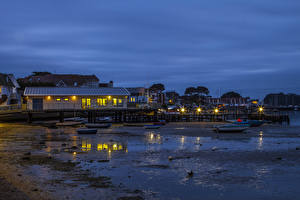 Фото Штаты Здания Берег Причалы Вечер Лодки Уличные фонари North Haven Yacht Club Maine Города