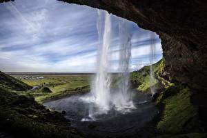 Картинки Водопады Исландия Пейзаж Seljalandsfoss Природа
