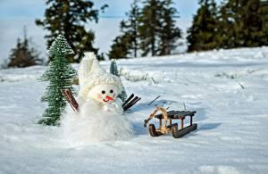Картинка Зимние Рождество Снег Снеговики Санки Шапки