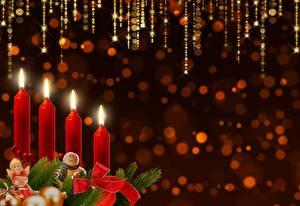 Фотографии Свечи Огонь Новый год Бантик Шаблон поздравительной открытки