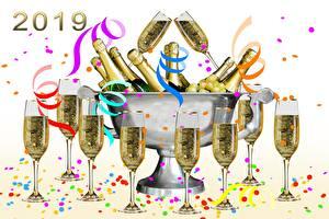 Картинки Игристое вино Рождество 2019 Бутылка Ленточка