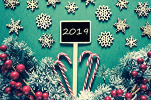 Фото Рождество Ягоды Сладости Леденцы 2019 Ветки Снежинки