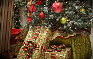 Картинка Рождество Новогодняя ёлка Шар Подарки