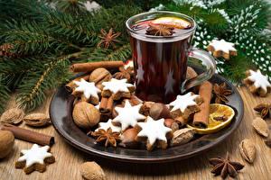 Картинка Рождество Печенье Напитки Корица Бадьян звезда аниса Орехи Чашка