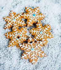 Картинки Новый год Печенье Снежинки Продукты питания