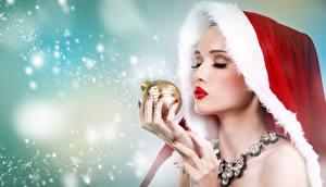 Фото Рождество Украшения Пальцы Шапки Снег Шарики Девушки