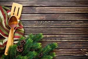 Фото Рождество Доски Ветвь Шишки Ложка