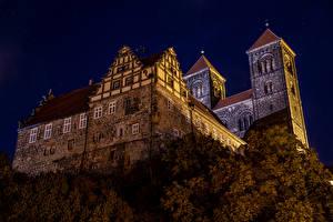 Фото Германия Замки Ночь Schloss Quedlinburg