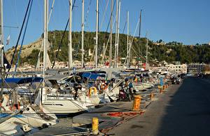 Картинки Греция Пристань Парусные Яхта Zakynthos