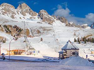 Фото Италия Гора Зимние Здания Альп Снега San Pellegrino Природа