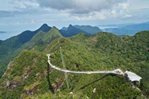 Фотографии Малайзия Горы Леса Пейзаж Мосты Langkawi Природа