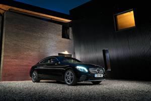 Фотография Мерседес бенц Черный Металлик 2018 C 220 d Coupe AMG Line Авто