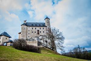 Обои Польша Замки Холмы Bobolice Castle Города