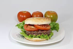 Фото Томаты Мясные продукты Гамбургер Тарелка Нарезка