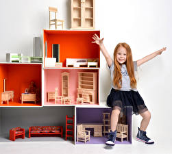 Картинки Игрушки Девочки Руки Счастье Ребёнок