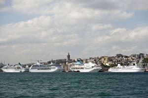 Обои Турция Стамбул Круизный лайнер Корабли Пристань Море