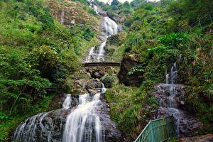Обои Вьетнам Водопады Мосты Утес Silver Waterfall Sapa Природа