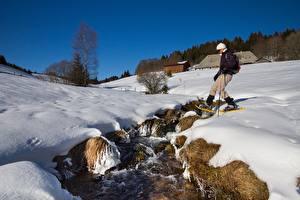 Картинка Зимние Снег Ручеек Гуляет Природа