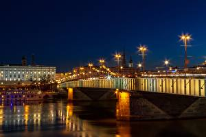 Фотография Австрия Речка Мост Ночь Фонари Гирлянда Linz, Danube город