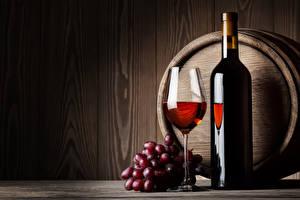 Картинки Бочка Вино Виноград Бутылка Бокалы