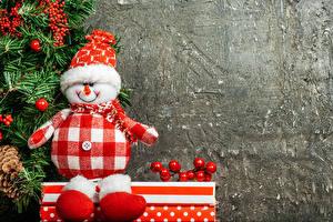 Обои Рождество Ягоды Снеговики Шапки Сапоги