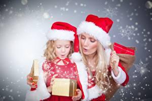 Фотография Рождество Блондинка Шапки Снежинка Вдвоем Девочка Дети Девушки