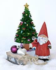 Картинка Новый год Елка Звездочки Дед Мороз Шарики Сани
