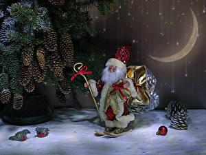 Обои Рождество Полумесяц Ветвь Шишки Санта-Клаус